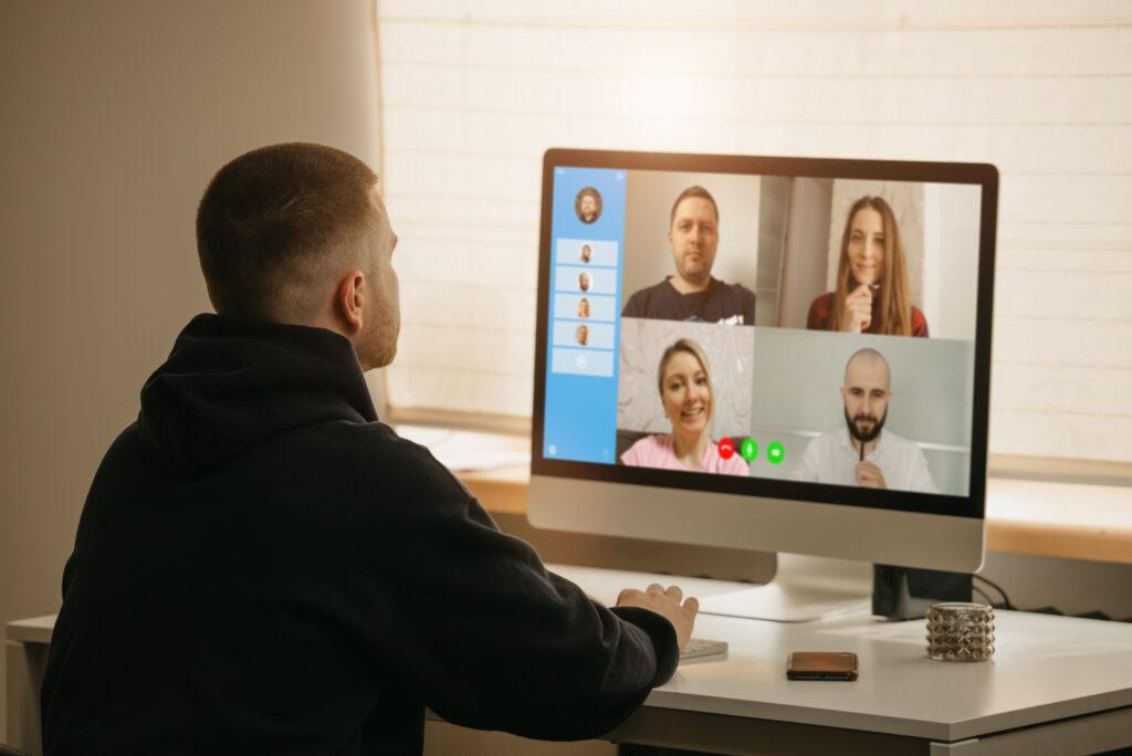 συναντήσεις μέσω Skype
